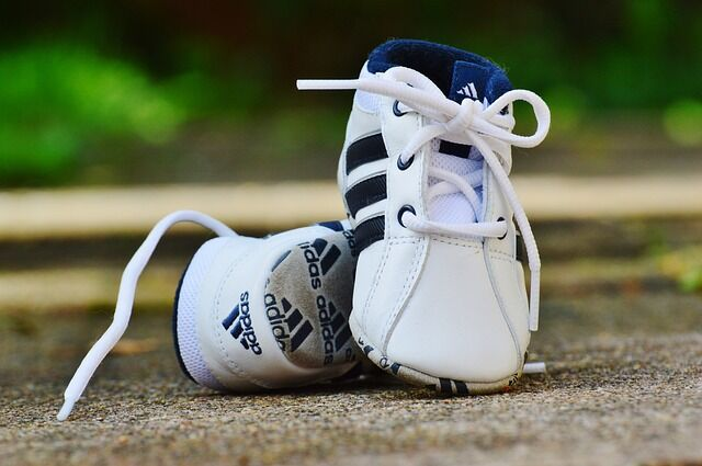 baby-shoes-974714_640